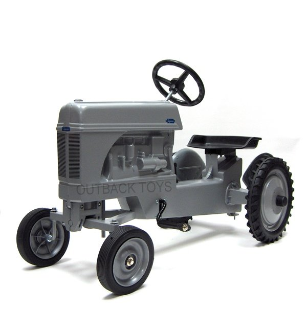 New Holland Rolly Toys & Cat Pedal Tractors | Outback Toys